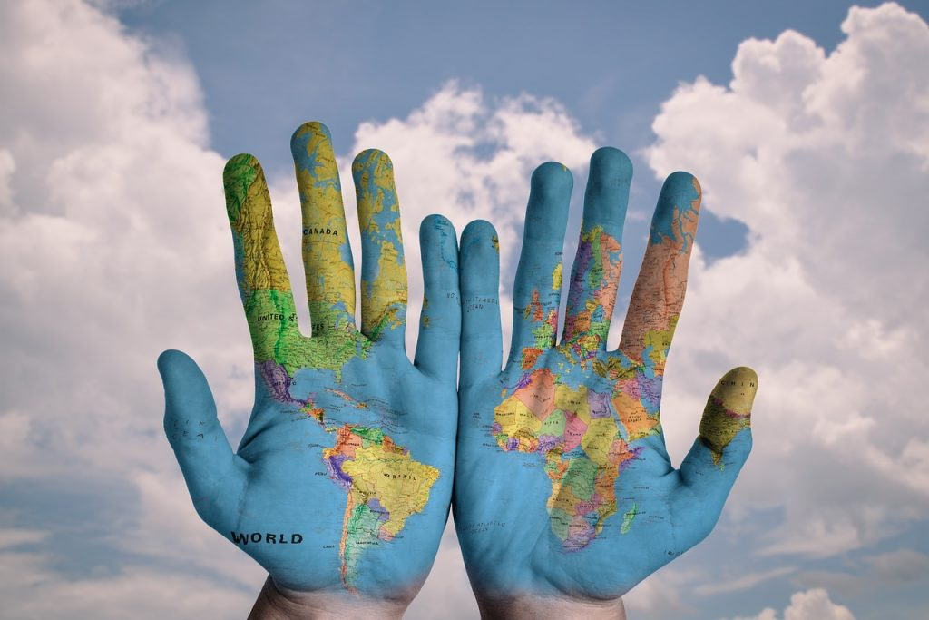 expansion strategy & global presence AVEL 2 στρατηγική